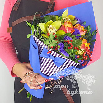 Букет учителю из орхидей и роз
